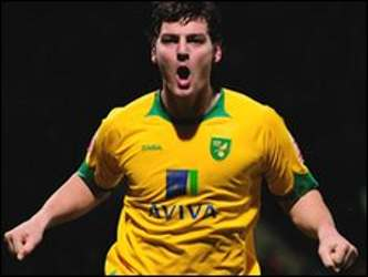 super chrissy Martin canaries norwich city hero legend